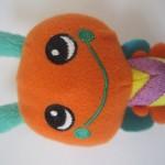 「かみかみガラガラ」生後2ヶ月のあかちゃんのことを考えてつくられたおもちゃ