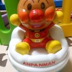 動きと音楽で興味津々☆アンパンマンのトコトコローリー