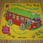 歌と英語のお話が楽しめる!「The Wheels on the Bus」