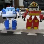 車にもロボットにもなる!へんしんロボットポリー&ロイ