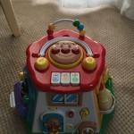 好奇心旺盛な1歳前後の赤ちゃんにピッタリ☆アンパンマンおおきなよくばりボックス