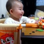 離乳食が始まる頃から、テーブルチェアー!