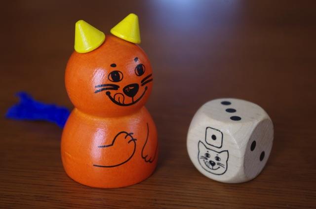 ネコとサイコロ